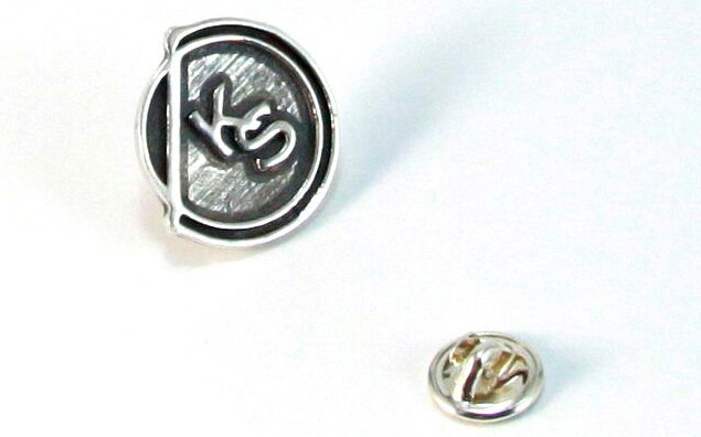 pin plata ley kirolsport