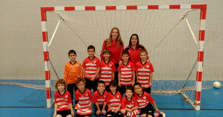 Foto oficial del equipo de Futbol Txiki F